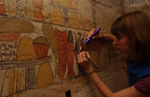 Melanie Pitkin traces ancient Egyptian funerary offerings