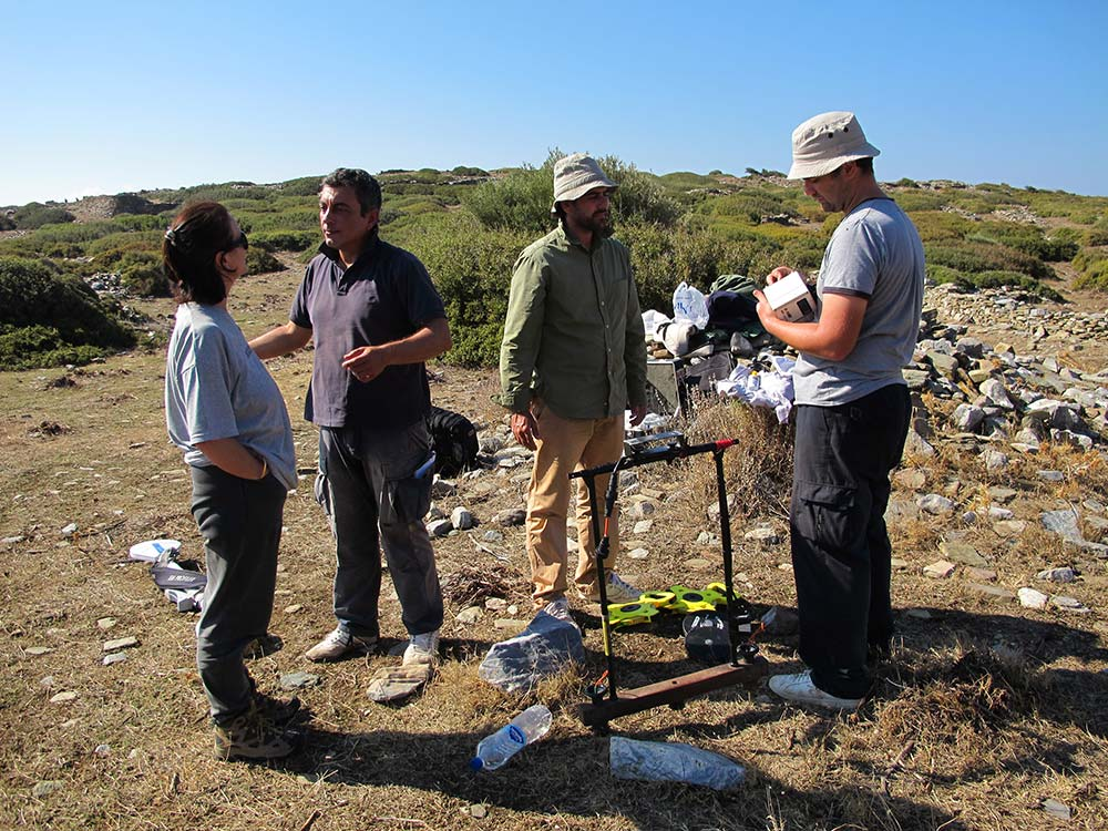 Lesley, Apostolos, Niko and Gianluca after the last of geophysical work on site
