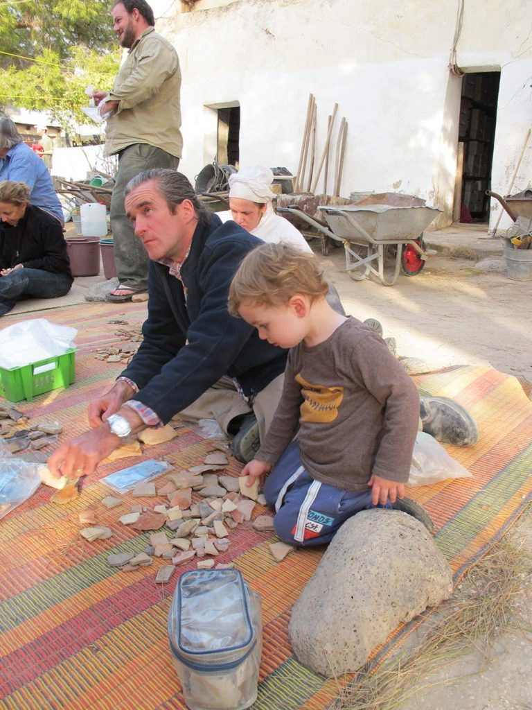 Sorting pottery