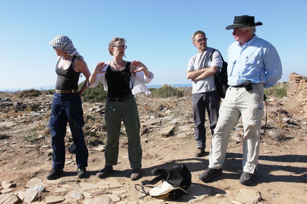 Kristen Mann, Beatrice McLoughlin, Stavros Paspalas and Andrew Wilson at Zagora