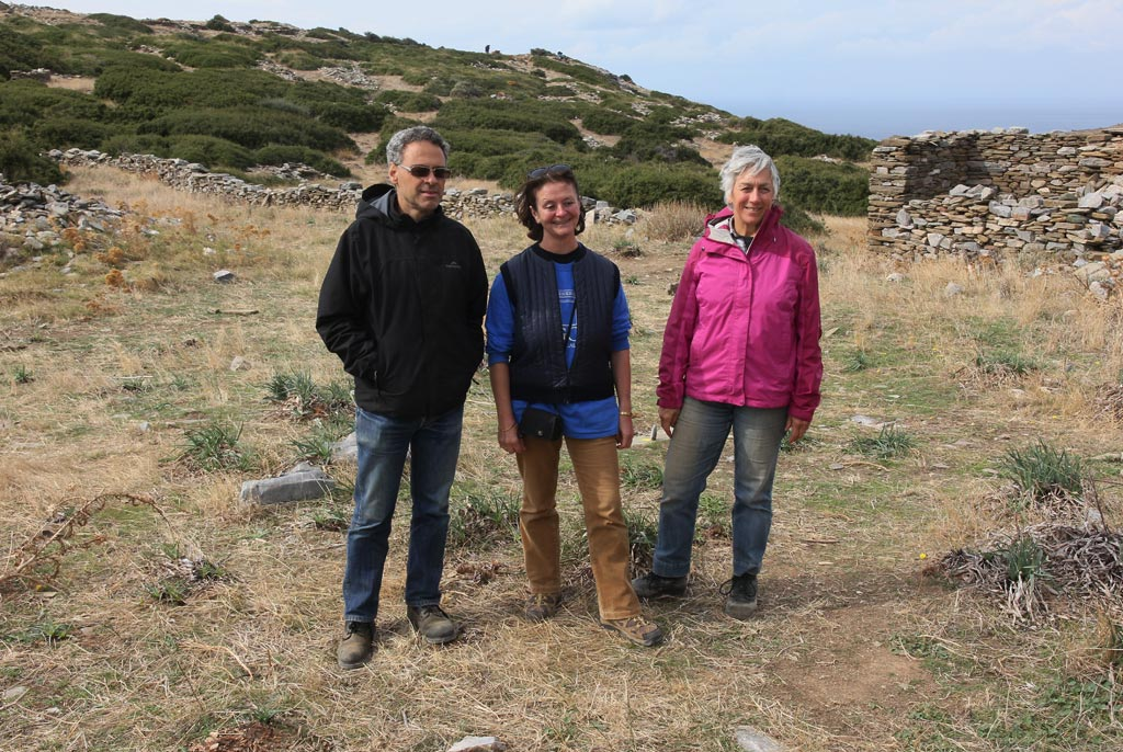 Dr Stavros Paspalas, Associate Professor Lesley Beaumont and Professor Meg Miller at Zagora