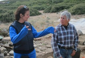 Lesley Beaumont and Meg Miller discussing progress at Zagora