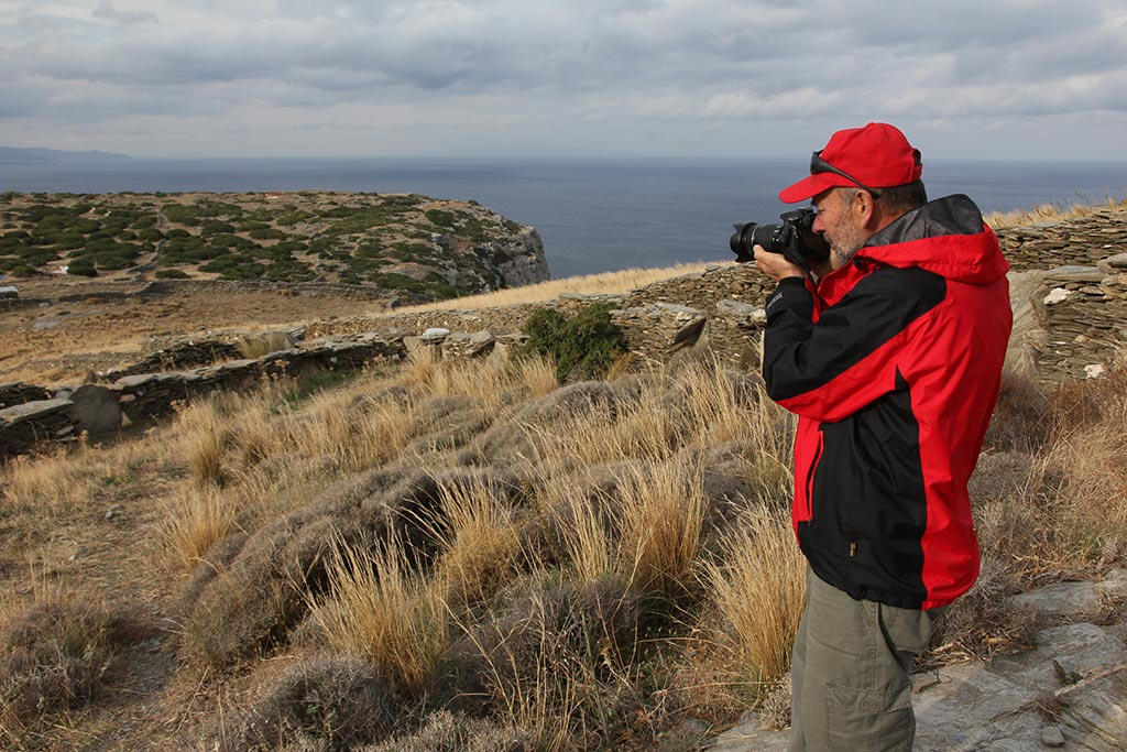 Bob Miller photographing Zagora from the path down in 2014